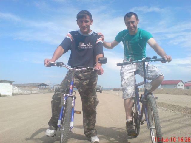 Andrei si Levi